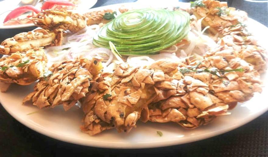 A look of superb vegetarian starter: Paapri Kurkure