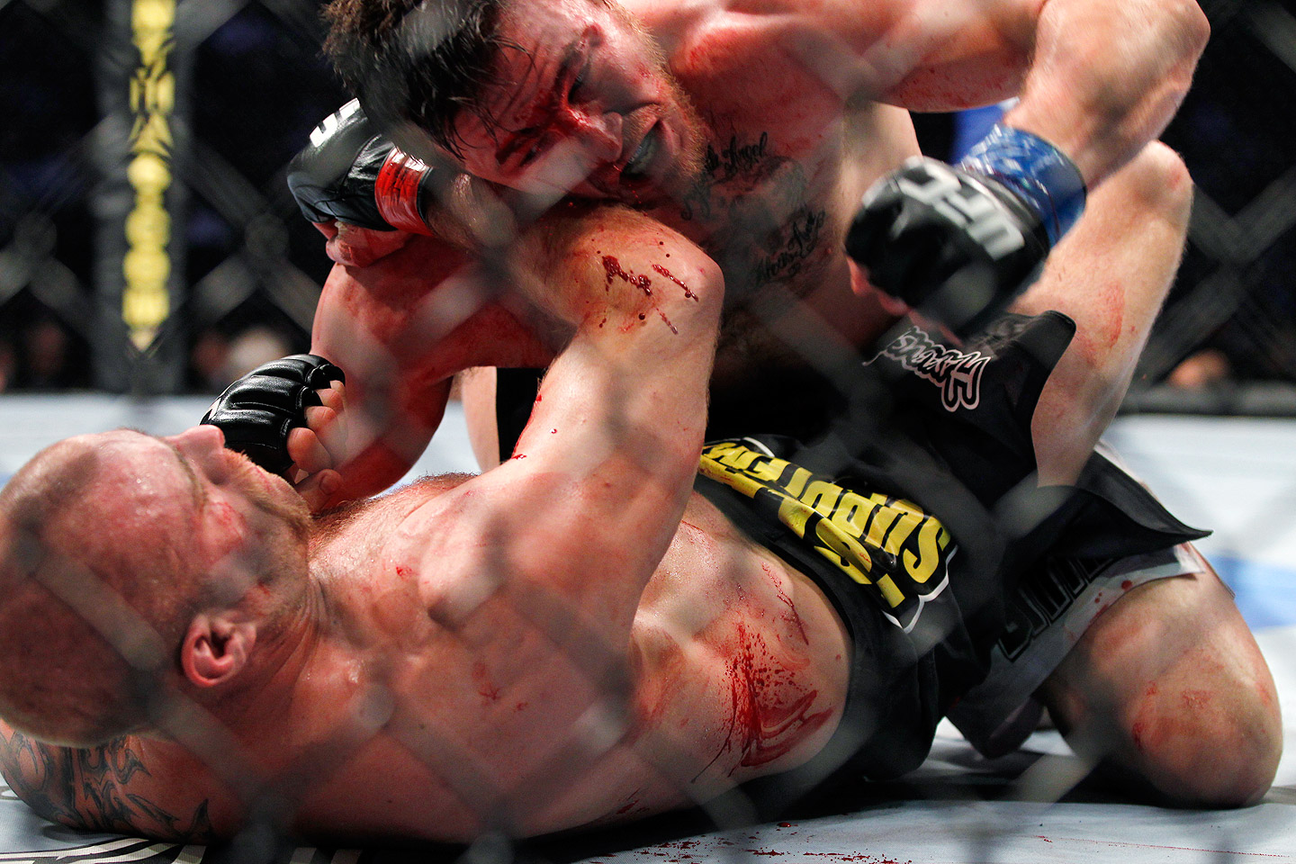 Photo of 8 MMA Finishes In Under 8 Minutes