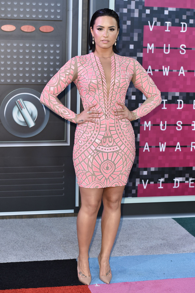Mandatory Credit: Photo by Rob Latour/REX Shutterstock (5012161x) Demi Lovato MTV Video Music Awards, Arrivals, Los Angeles, America - 30 Aug 2015
