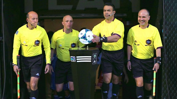 Photo of What Makes an Ideal Referee?