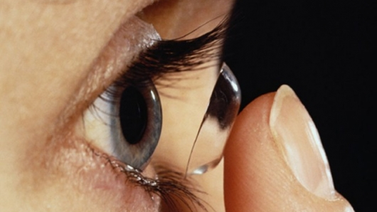 Photo of 5 Contact Lens Problems