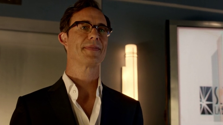 Harrison Wells is alive in The Flash Season 2 (property of CWTV)