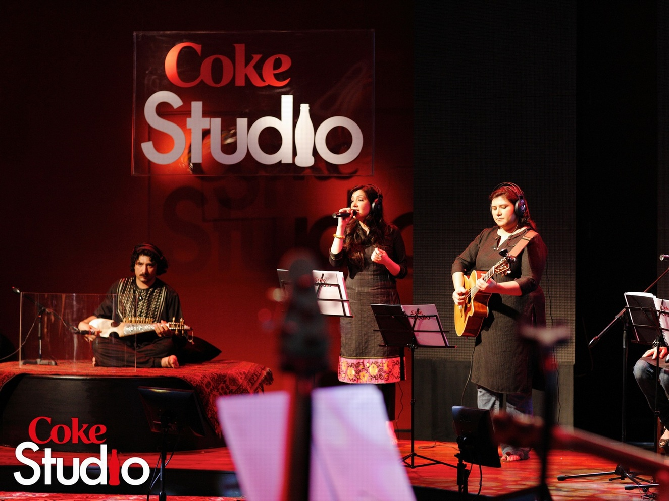 Photo of 10 Coke Studio Songs From India and Pakistan That You Need To Hear