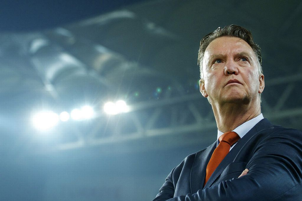 Photo of 3 Candidates Who Can Replace Louis van Gaal