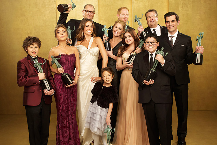 Photo of 10 Reasons Why You Should Be Watching Modern Family