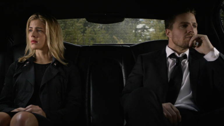 Photo of Arrow Season 4: Should Oliver Tell Felicity About William?