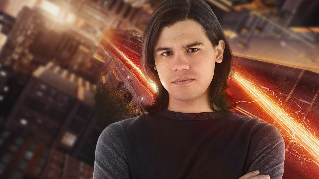 """Photo of Carlos Valdes teases the possibility of adapting """"Flashpoint"""" in season 3"""