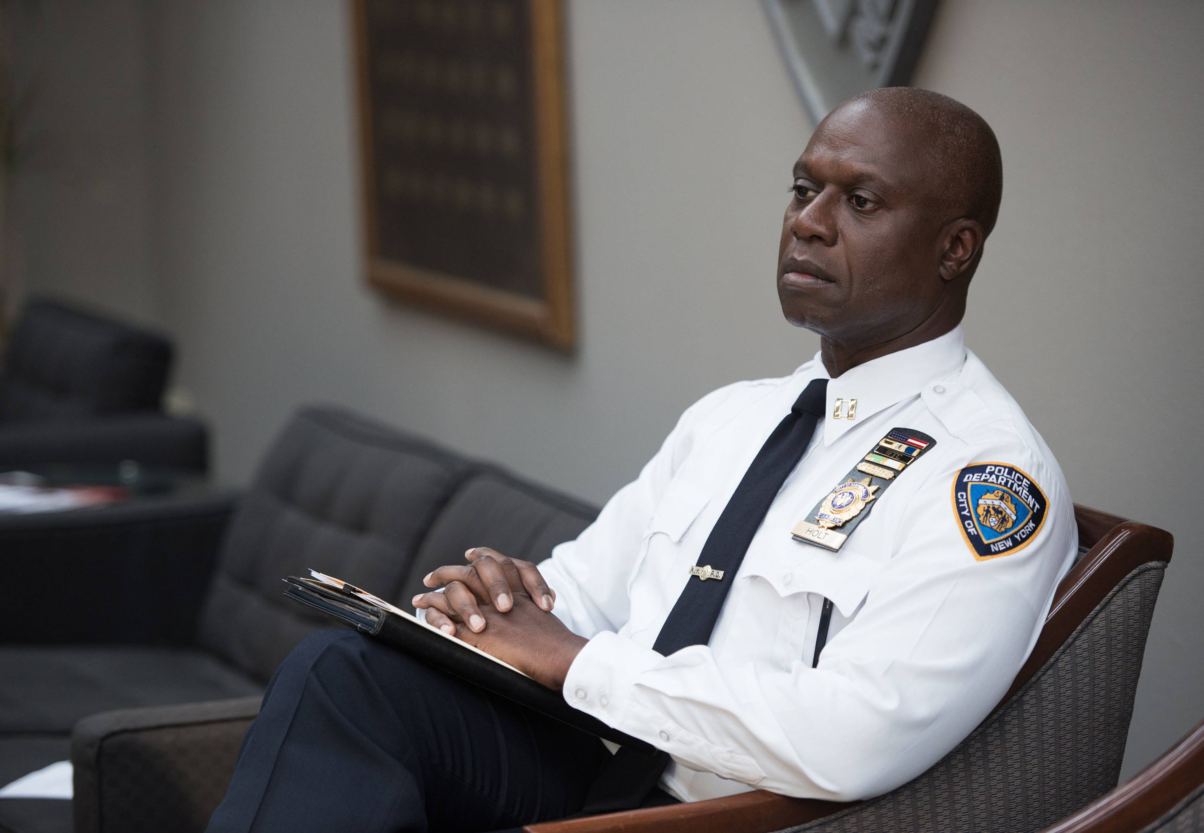 "BROOKLYN NINE-NINE: Capt. Holt (Andre Braugher) attends a debrief in the ""Jimmy Jab Games"" episode of BROOKLYN NINE-NINE airing Sunday, Oct. 12 (8:30 - 9:00) PM ET/PT) on FOX. ©2014 Fox Braodcasting Co. CR: Eddy Chen/FOX"