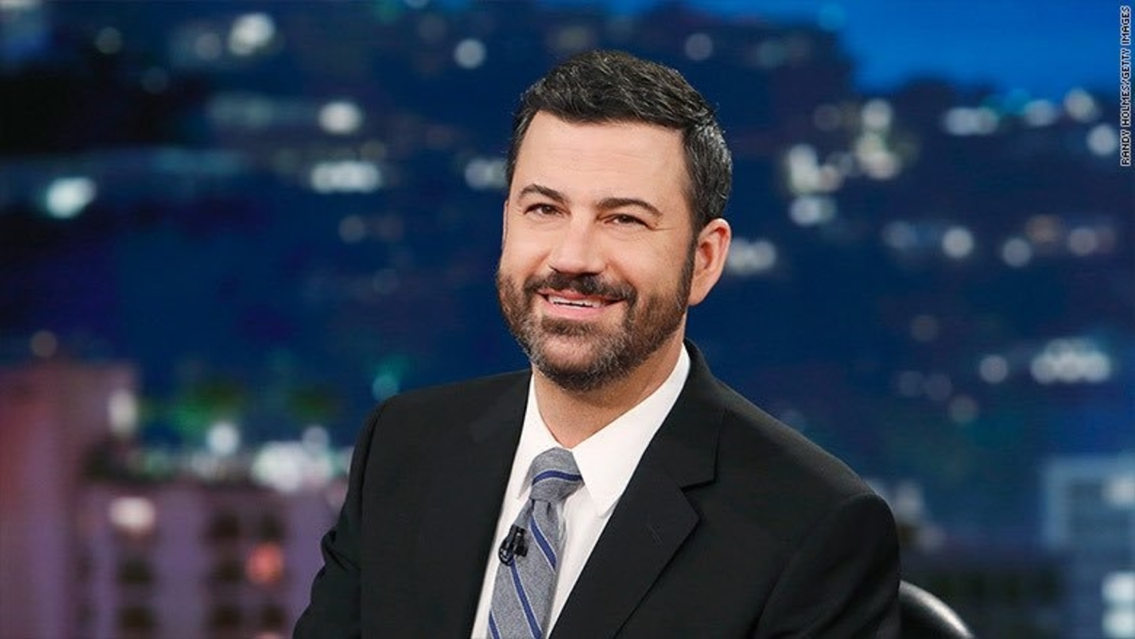 Photo of Jimmy Kimmel Cooking Every Week Because of Leonardo DiCaprio