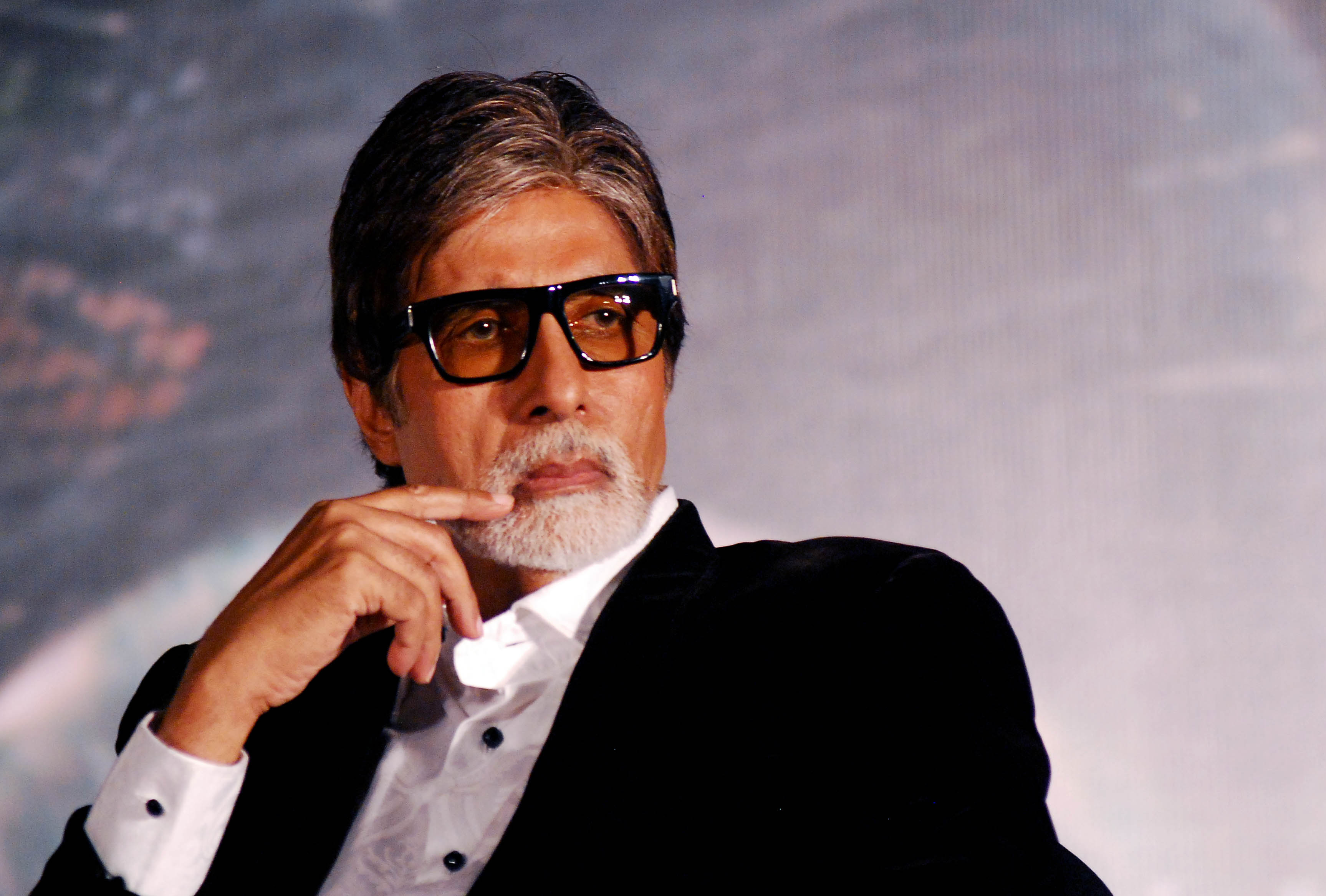 Photo of This Bollywood wannabe did'nt know who is Amitabh Bachchan