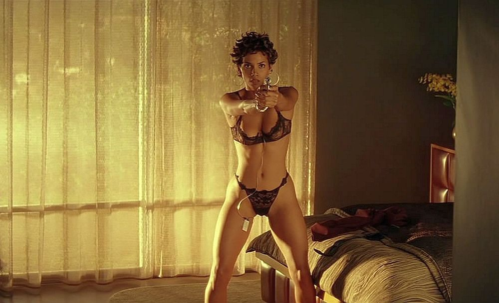 nude pictures of halle berry  600632