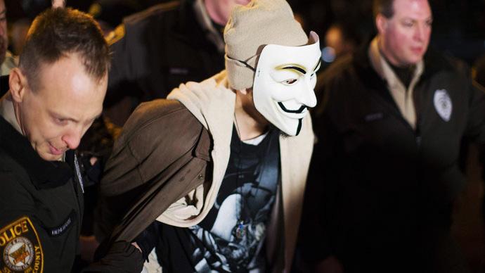 anonymous-mask-arrest