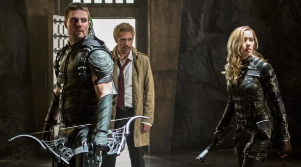 arrow-tv-show-on-the-cw-season-five-canceled-or-renewed-590x328
