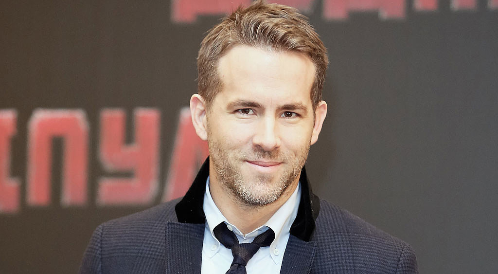 Photo of Ryan Reynolds Shares An Amazing Story of How He Was Creating History While Shooting A Disaster