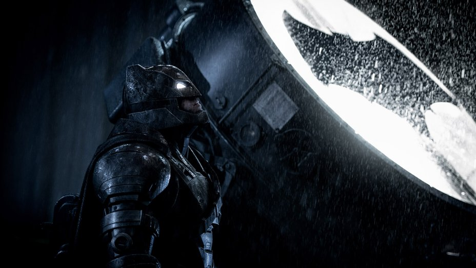 Photo of Zack Snyder Reveals New Batman Image And It's STUNNING