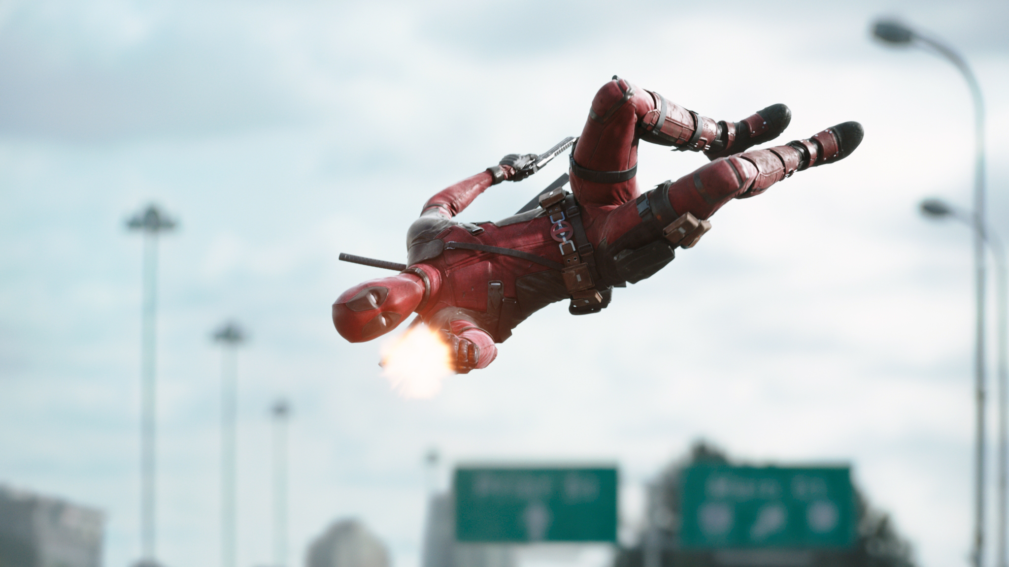 Photo of Deadpool 2 Script-Writers Confirms A Major Crossover In The Future