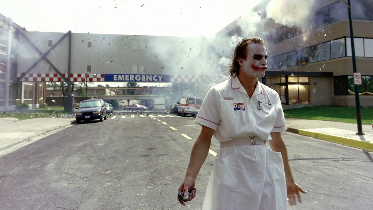 5 Reasons Why Heath Ledger The Joker Is ICONIC