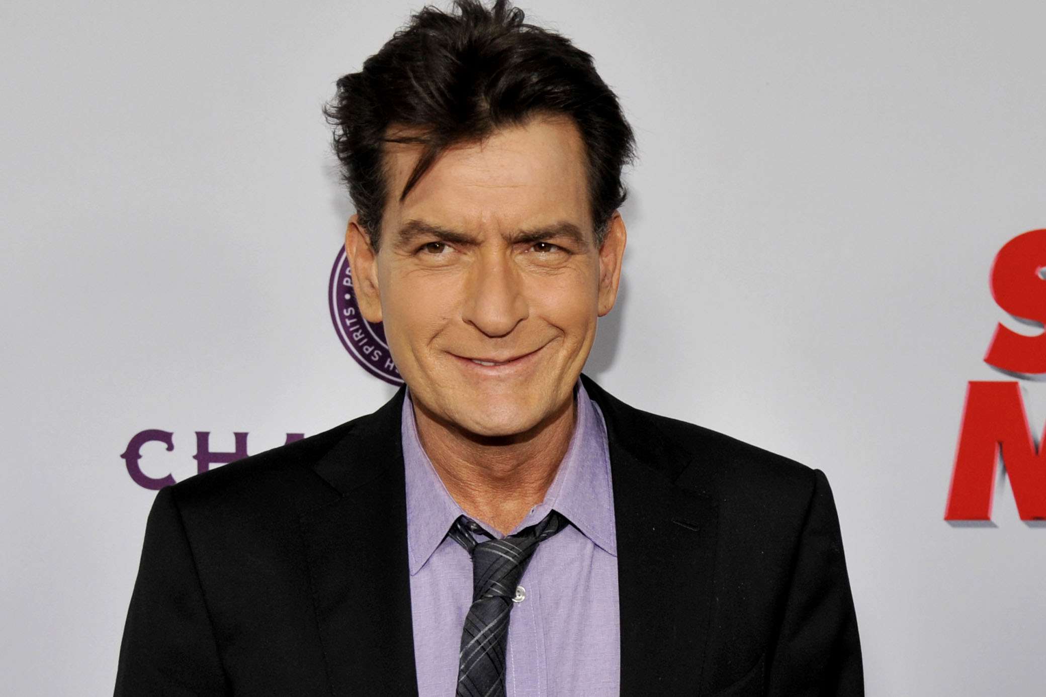 Photo of 10 Lesser Known Facts About King of Controversies: Charlie Sheen