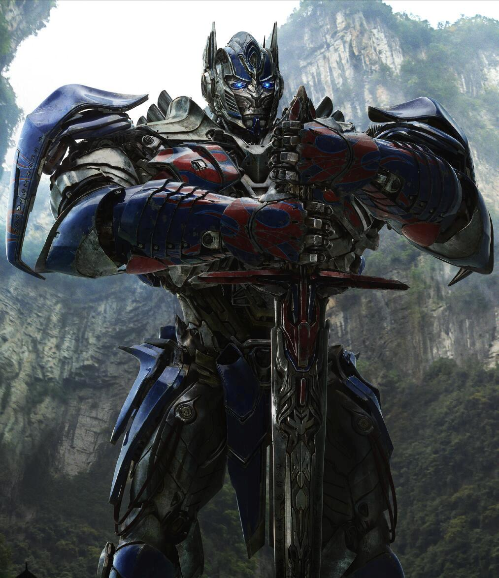 4 Reasons That Prove Optimus Prime Is The Last Knight In Transformers 5