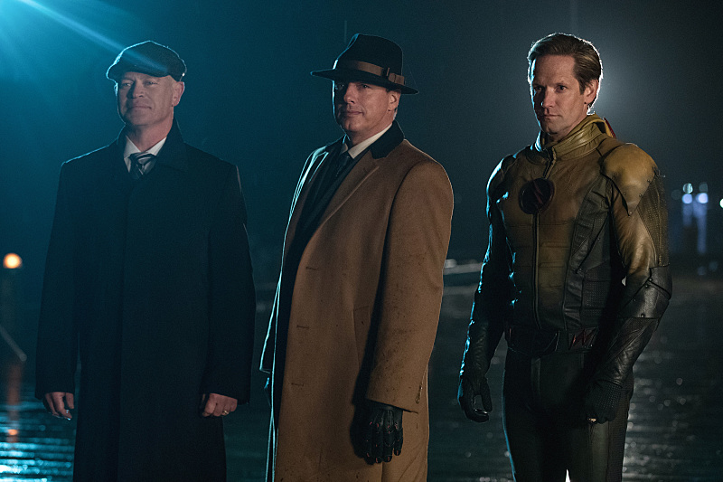 Photo of Legends of Tomorrow: A New SUPERHERO Revealed And its Identity Will Shock You