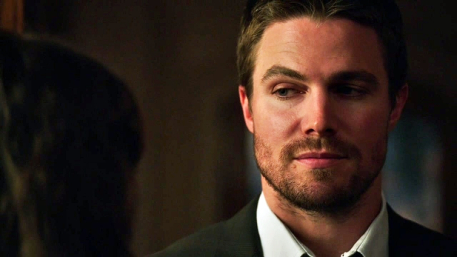 Photo of 10 Hilarious Memes On Oliver Queen From ARROW
