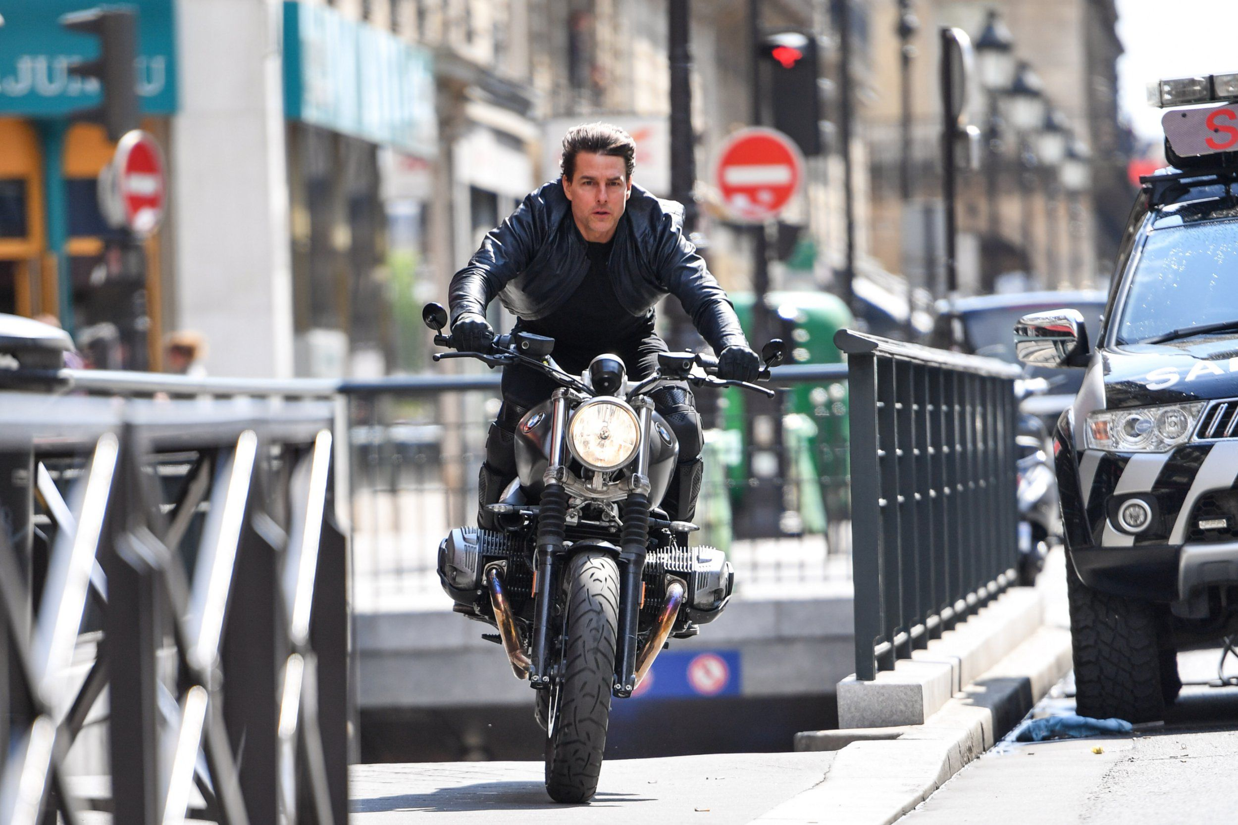 Photo of Mission Impossible 6 Releases New Images That Are So Cool