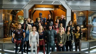 Photo of Team Flash, Arrow, Legends and Supergirl Vs 4 DC Supervillains and 1 Superhero