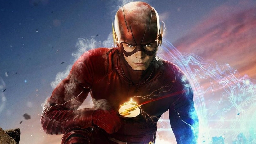 Flash vs Superman – Kevin Smith Reveals Why Superman is Faster Than The Flash