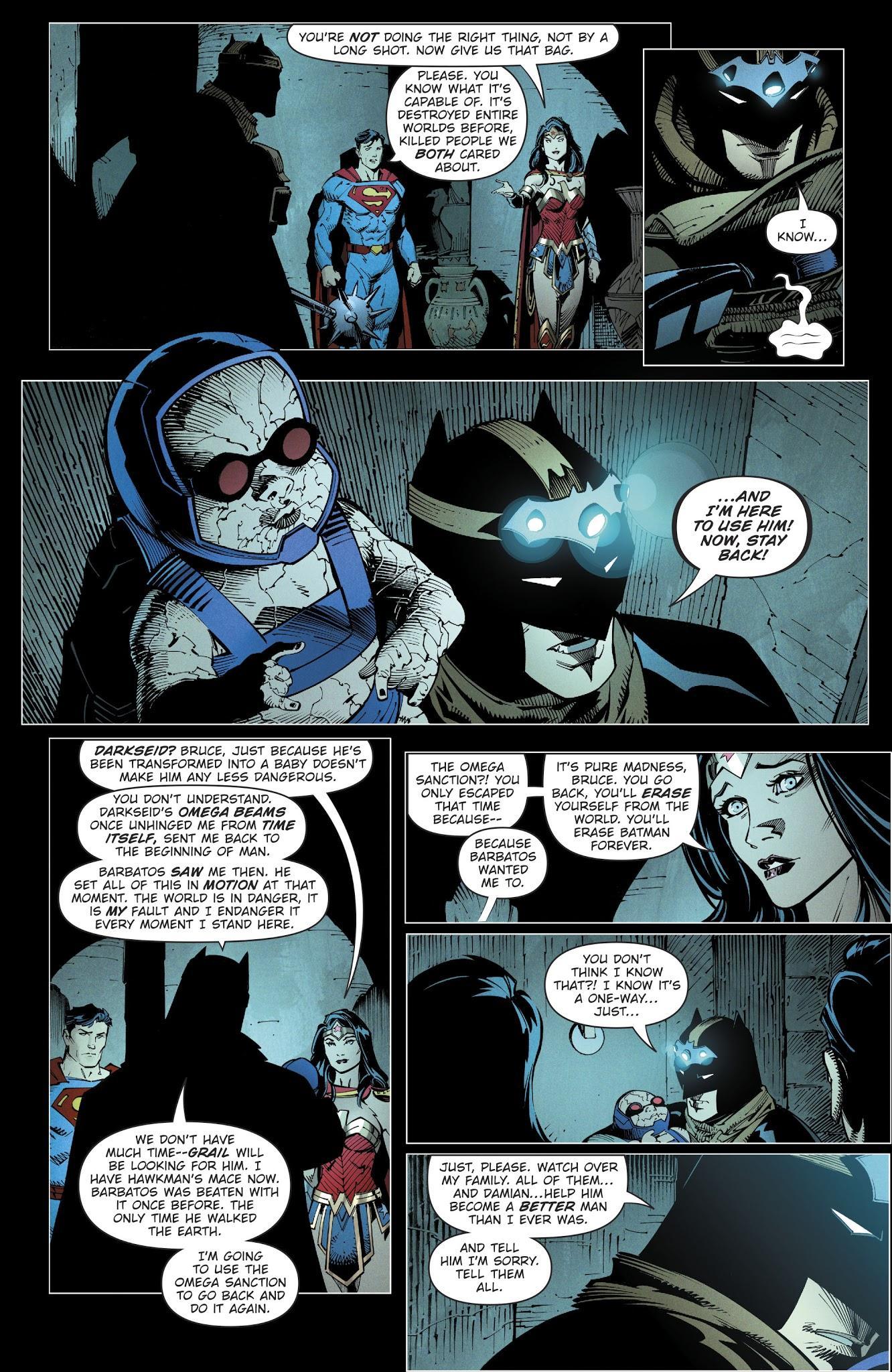 O bebê Darkseid com o Batman. Arte de Noite de Trevas por Greg Capullo.