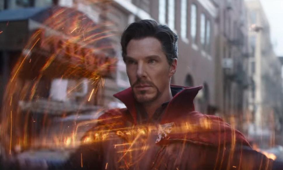 Dr. Strange vs Scarlet Witch