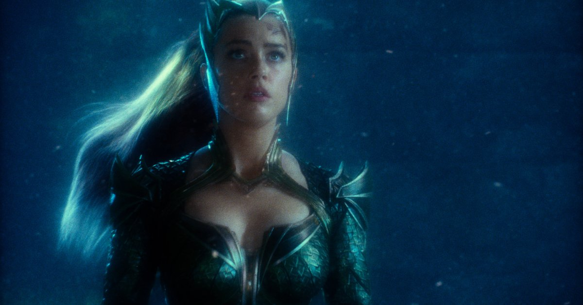 Amber Heard Aquaman BTS Photo