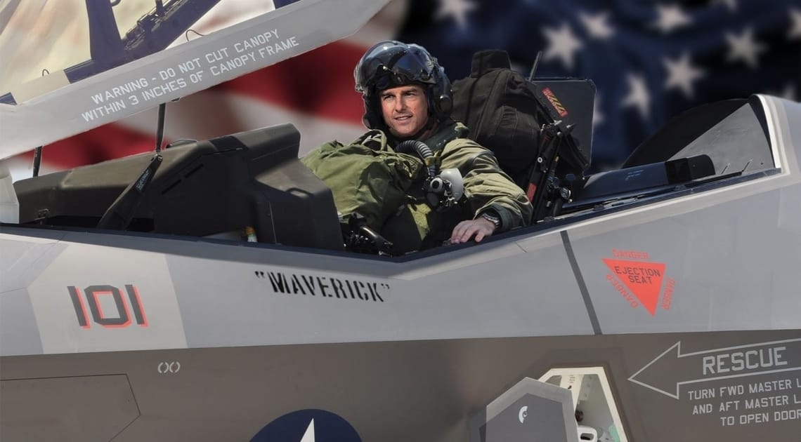 Photo of Top Gun 2 Set Photo Reveals Cruise Will Pilot A Deadly New Fighter Jet!