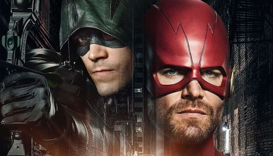 Photo of Arrowverse Crossover: Grant Gustin's Arrow & Stephen Amell's Flash Suits Revealed