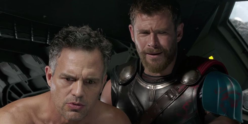Photo of Mark Ruffalo Caught Chris Hemsworth Sleeping on The Job During Avengers: Endgame