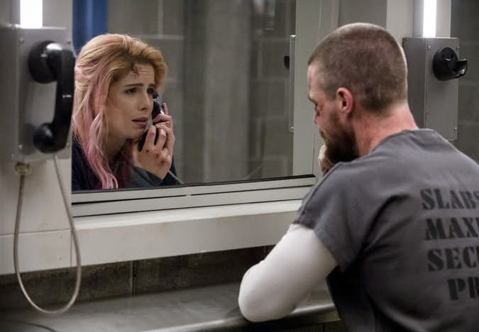 Photo of Arrow: 'Level Two' Episode Signals Death of Felicity Smoak