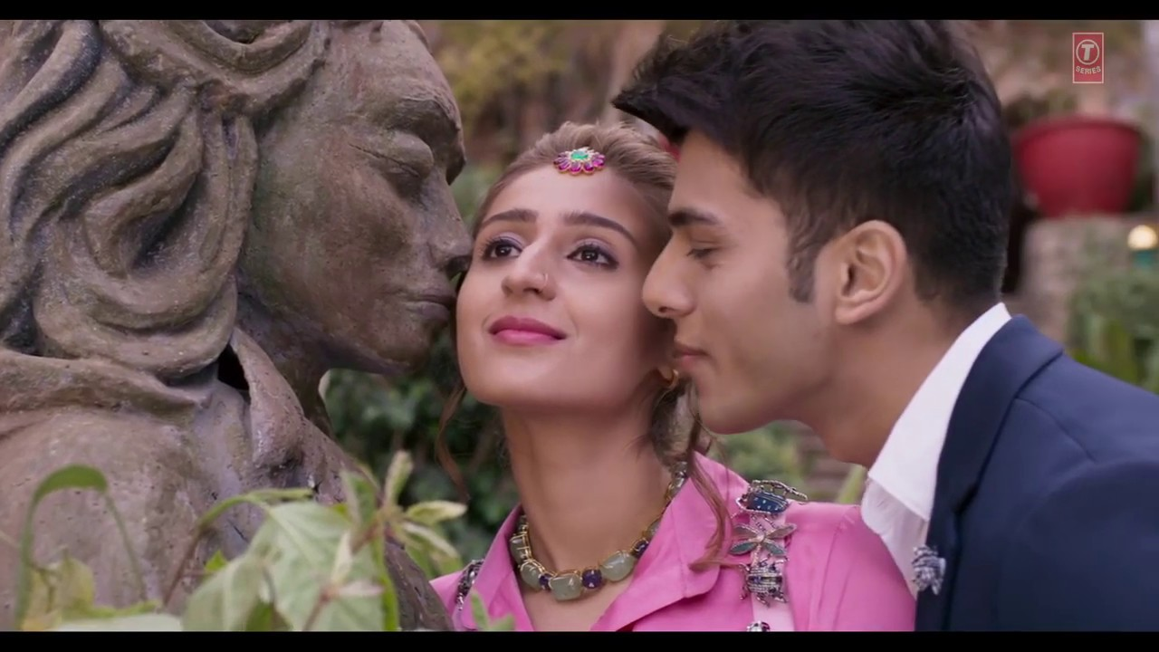 Leja Leja Re Video Song Hd 1080P Download For Free - QuirkyByte