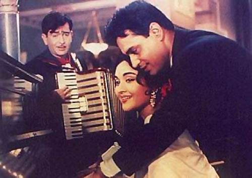 Photo of O Mere Sanam Mere Hamdam Mp3 Song Download For Free