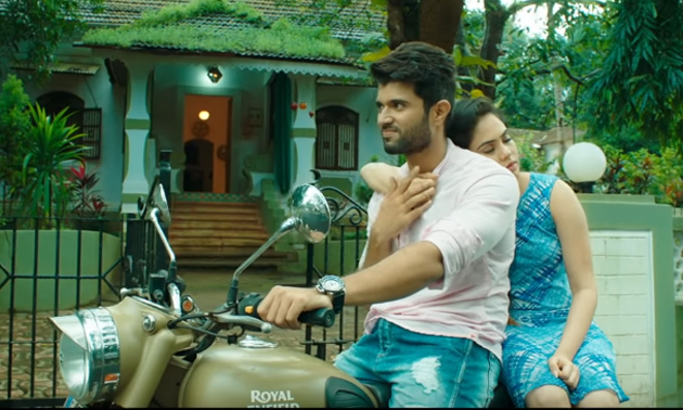 Nee Venakale Nadichi Song Lyrics