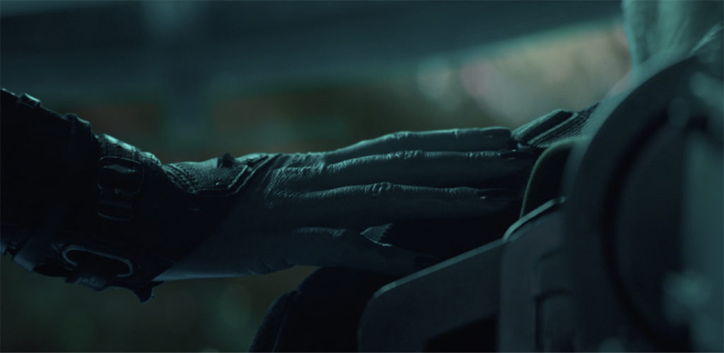 Photo of Avengers: Endgame Theory – It Isn't Nebula's Hand That is Touching Tony