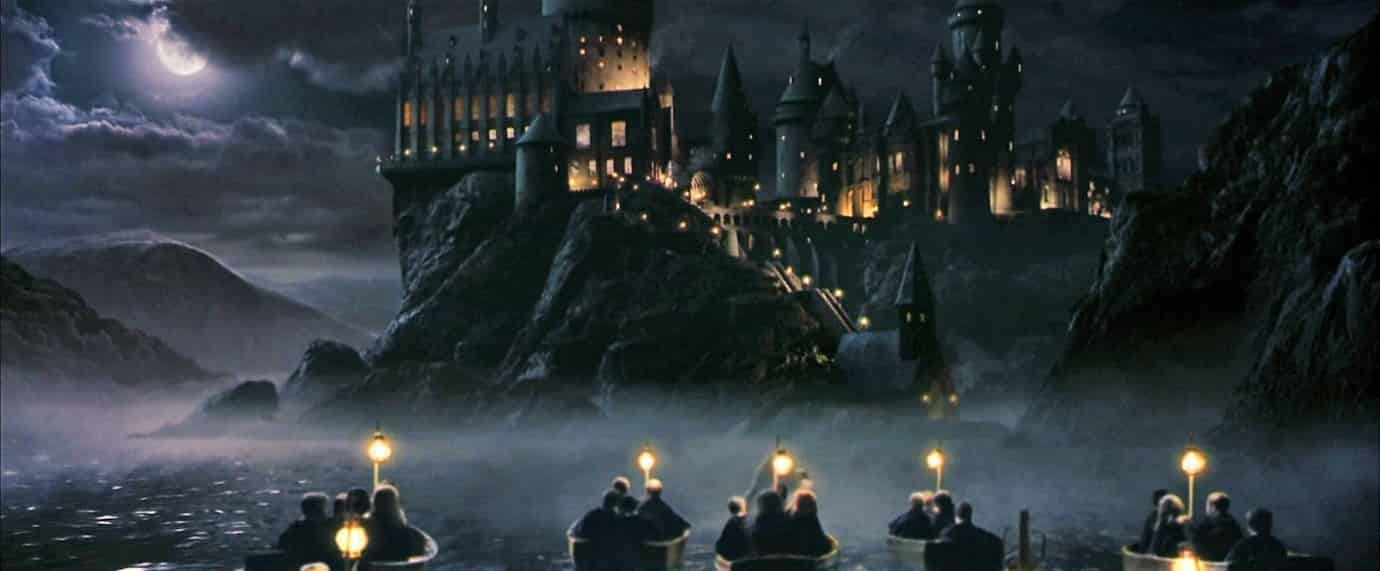 Photo of Harry Potter Universe – Here's How Disgusting Hogwarts Was Before Bathrooms