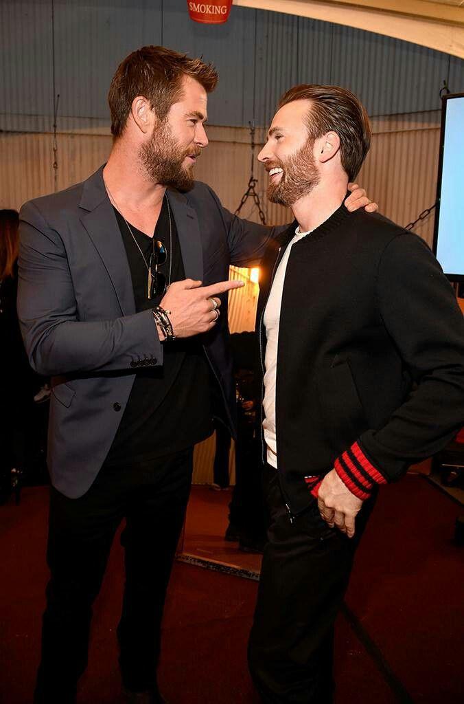Chris Hemsworth Chris Evans Endgame
