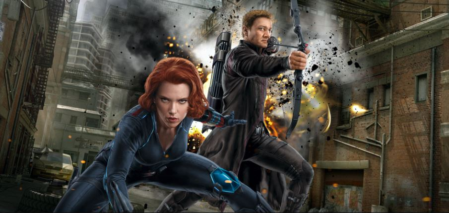 Photo of Scarlett Johansson Teases Jeremy Renner's Hawkeye to Appear in Black Widow