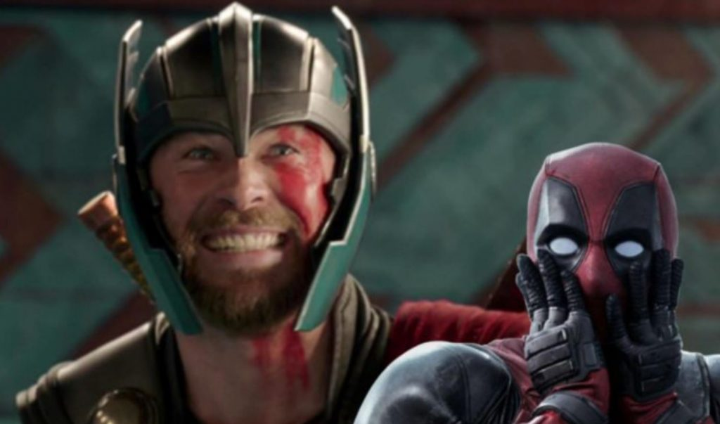 Photo of Chris Hemsworth Warmly Welcomes Ryan Reynolds & Deadpool to The MCU