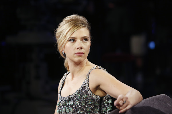 Photo of Avengers: Endgame Star ScarJo Revealed Crazy Paparazzi Stalkers Almost Put Her Life at Risk