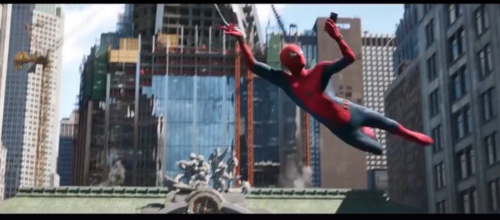 Photo of Spider-Man: Far From Home TV Spot Reveals The Replaced Avengers Tower