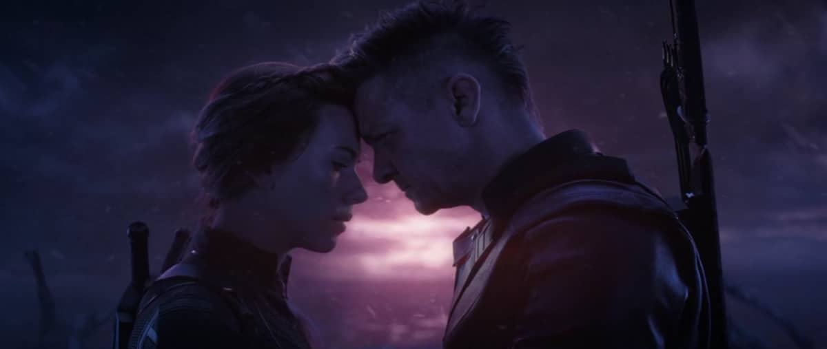 "Photo of A Deleted Black Widow & Hawkeye ""Love"" Scene from Avengers: Endgame Revealed"