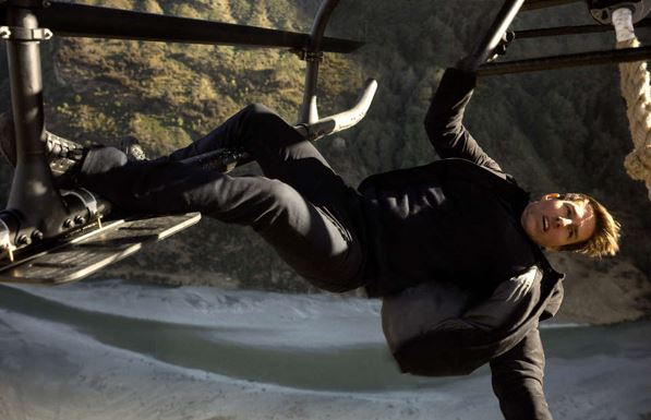 Mission: Impossible 6 BTS Footage Shows Making of Halo Jump