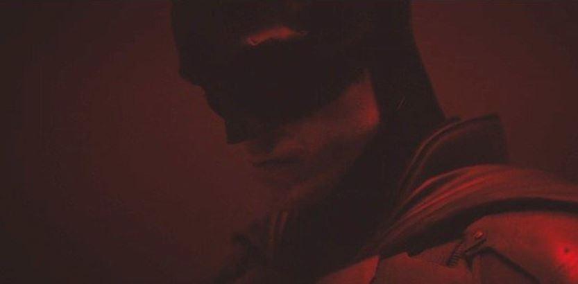 Robert Pattinson's Bat-Suit Full Look Designs