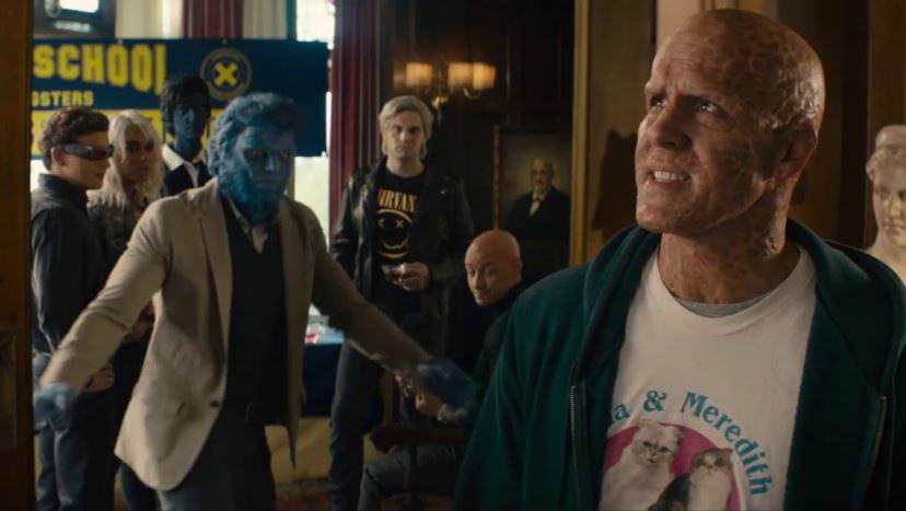 Ryan Reynolds Crash The X-Men Reunion