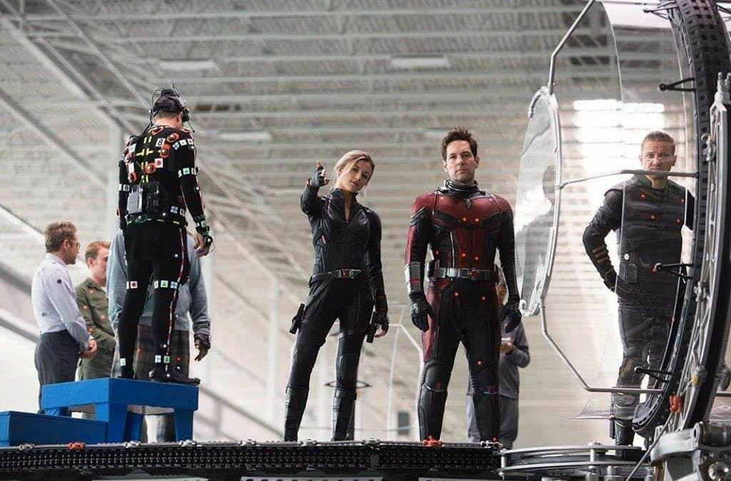 Emotional Photos From Avengers Endgame Sets